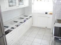 Küchenunterschränke vorbereiten